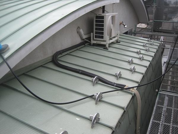 群馬県高崎市 屋根塗装 防水工事 ウレタン防水 密着工法