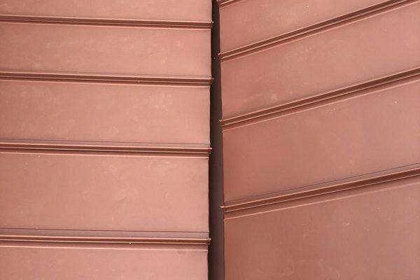 群馬県伊勢崎市 屋根工事 屋根カバー工法(重ね葺き工事) ガルバリウム鋼板